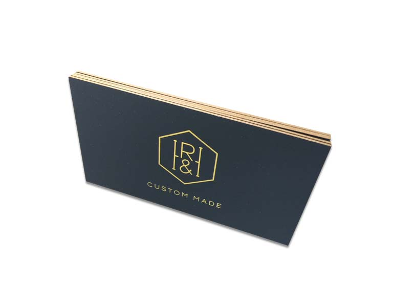 gold-foil-bsiness-cards-with-gold-edges