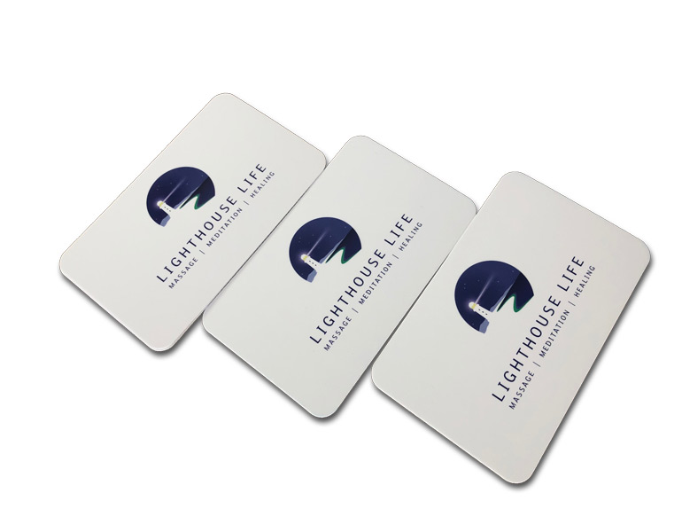 Round corner business card with raised gloss spot UV